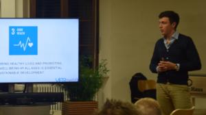 Felix Seifert presenting VERnetzX at SAP's Next-Gen meetup at Heidelberg.